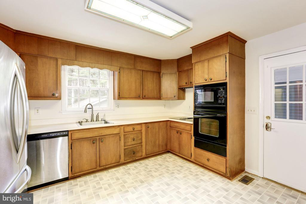 Updated Appliances - 12901 JESSE SMITH RD, MOUNT AIRY