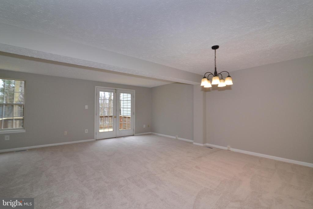 Dining Rm and Living Room View #1 - 1485 AUTUMN RIDGE CIR, RESTON