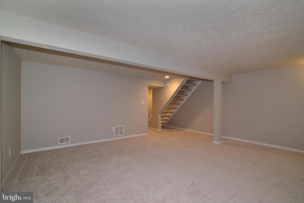 Lower Level Rec Room View #2 - 1485 AUTUMN RIDGE CIR, RESTON