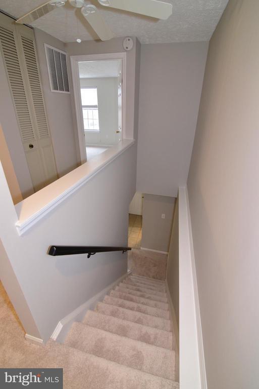 Upper Staircase - 1485 AUTUMN RIDGE CIR, RESTON
