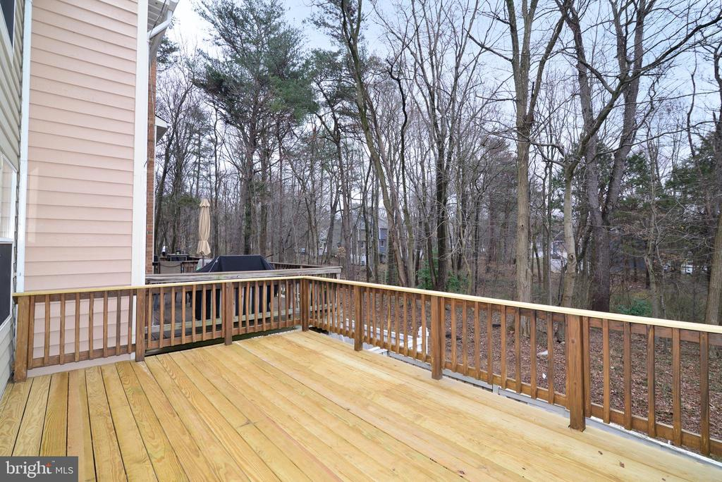 Rear Deck off Living Room - 1485 AUTUMN RIDGE CIR, RESTON