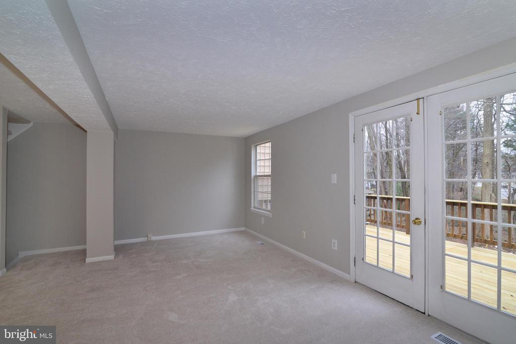 Living Room and French Door - 1485 AUTUMN RIDGE CIR, RESTON