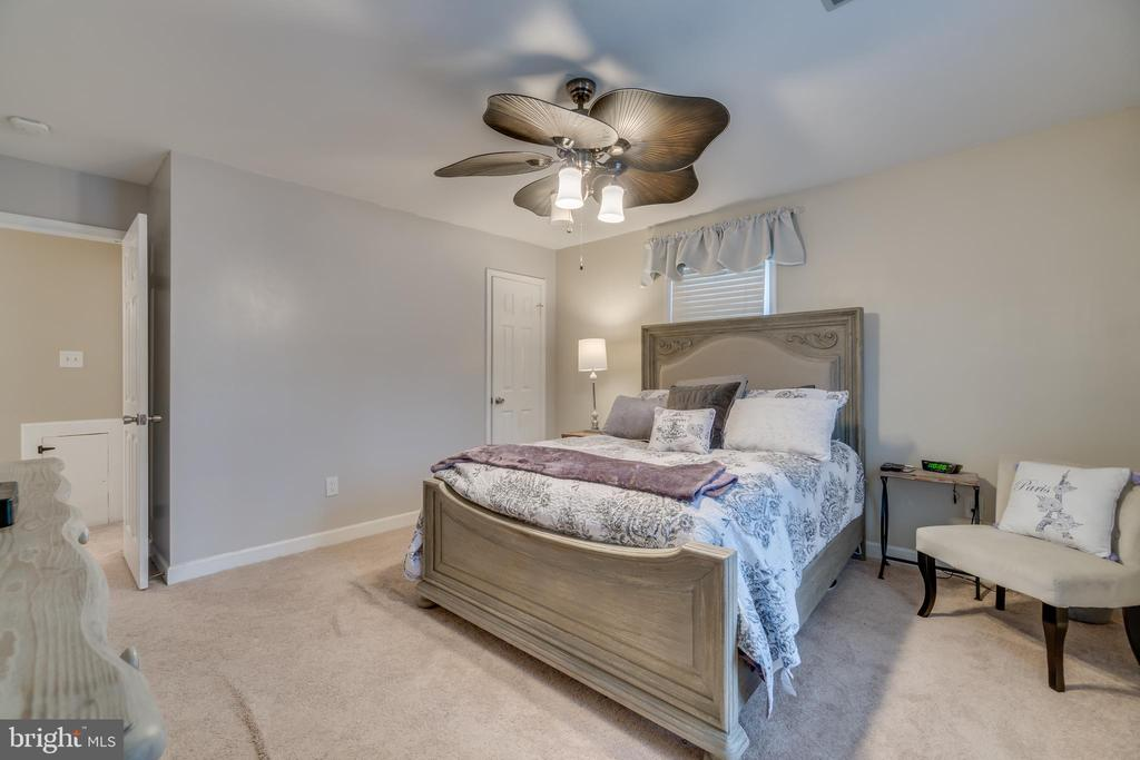 Please Note: Ceiling Fan to be replaced in MBR - 15805 DICKERSON PL, DUMFRIES
