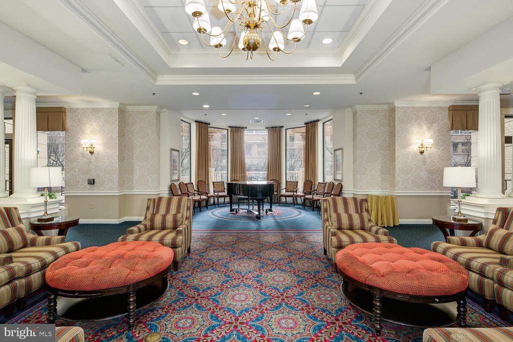 Community Living Room - 900 N TAYLOR ST #2025, ARLINGTON