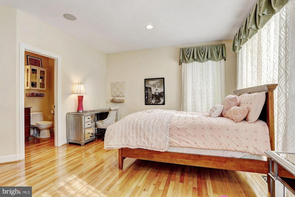 1st Floor In-Law Suite - 8600 RIVER GLADE RUN, LAUREL