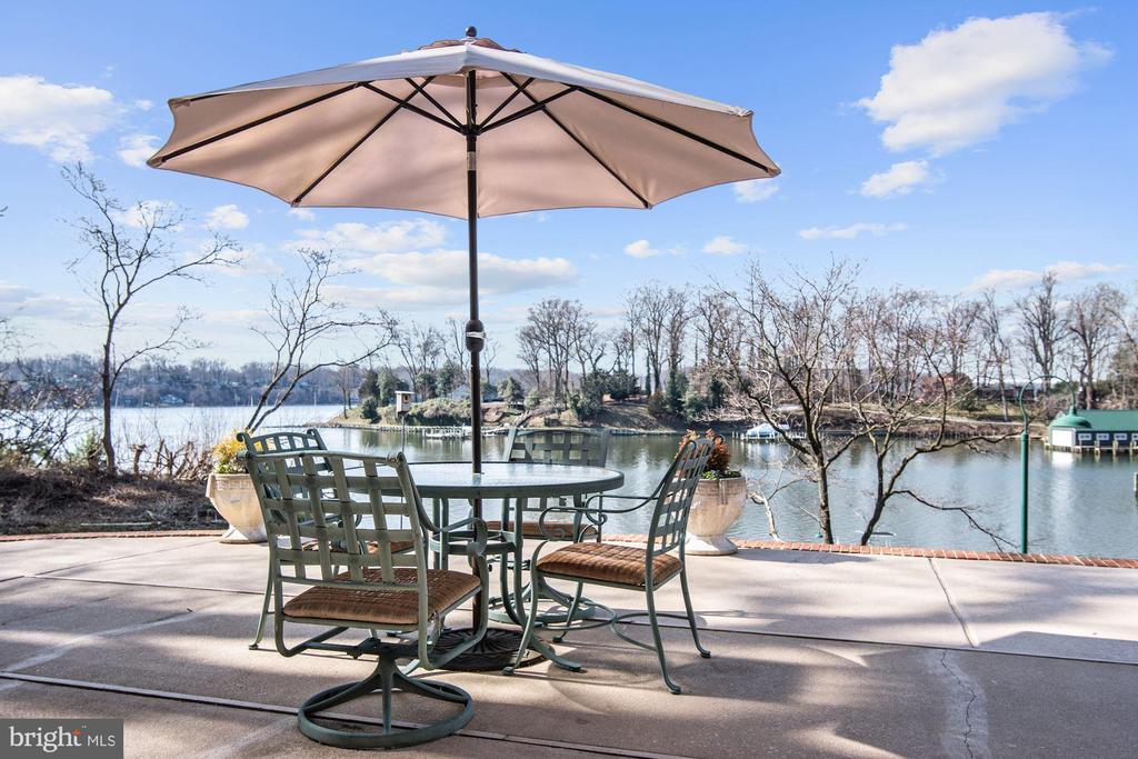 Waterside Patio - 1128 ASQUITH DR, ARNOLD