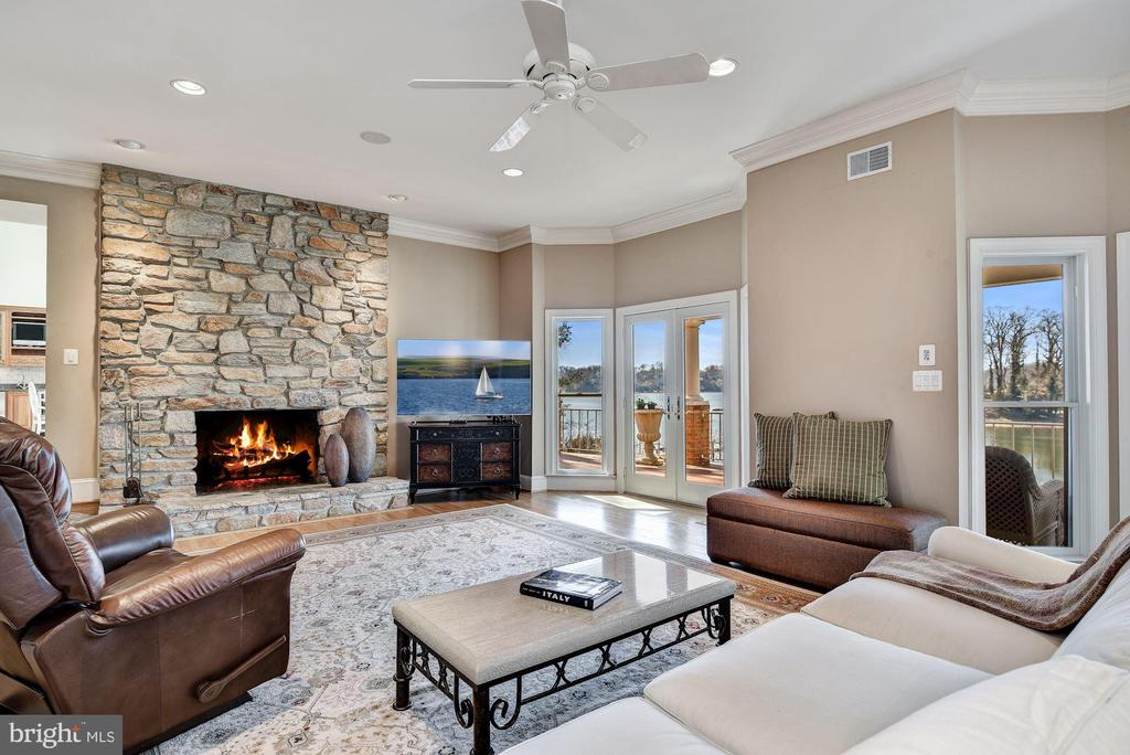 Waterside  Living Room - 1128 ASQUITH DR, ARNOLD