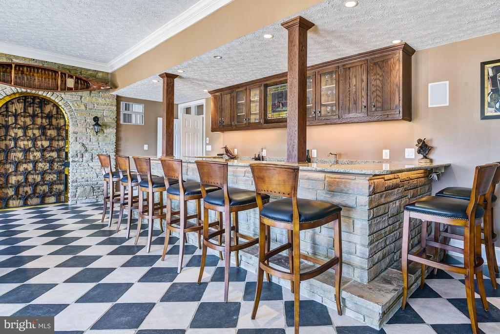 Lower Level Wet Bar and Wine Cellar - 1128 ASQUITH DR, ARNOLD