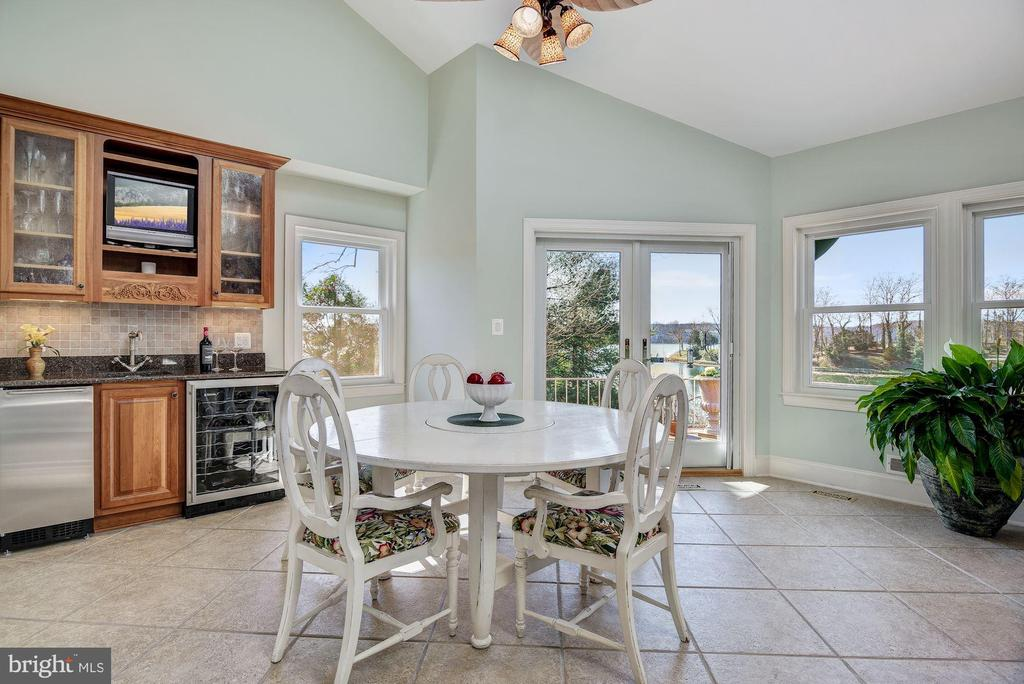 Breakfast Area and Butlers Pantry - 1128 ASQUITH DR, ARNOLD