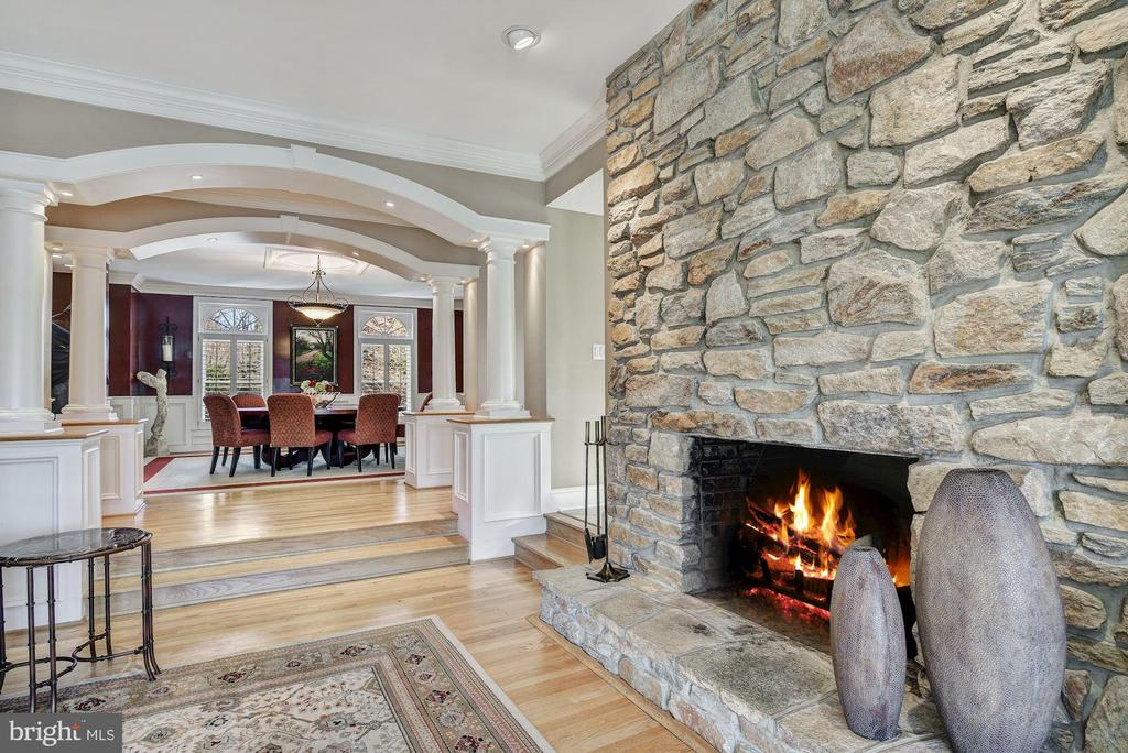 Stone Fireplace in Living Room - 1128 ASQUITH DR, ARNOLD