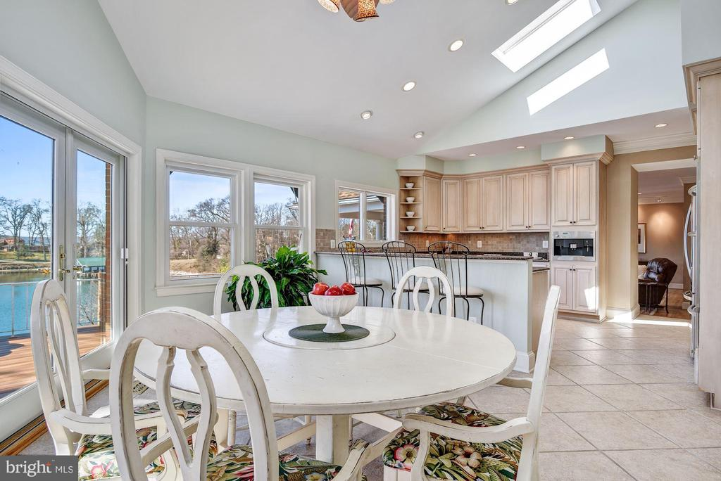 Breakfast Area and Water View - 1128 ASQUITH DR, ARNOLD