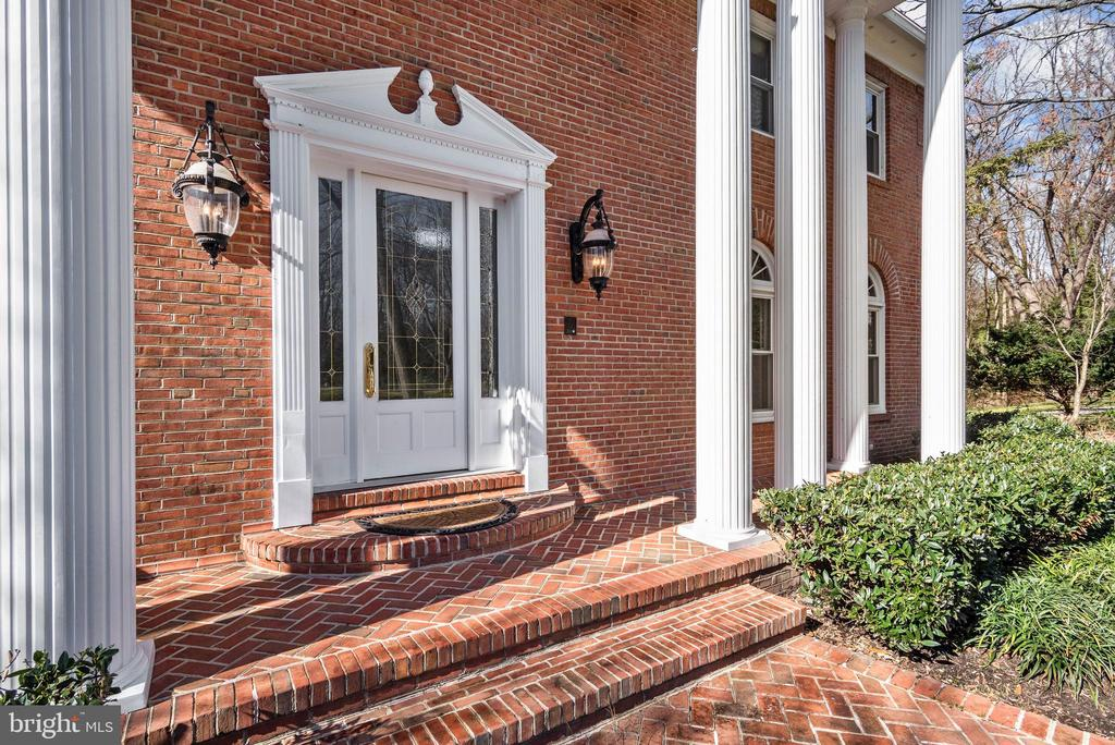 Main Entrance Portico - 1128 ASQUITH DR, ARNOLD