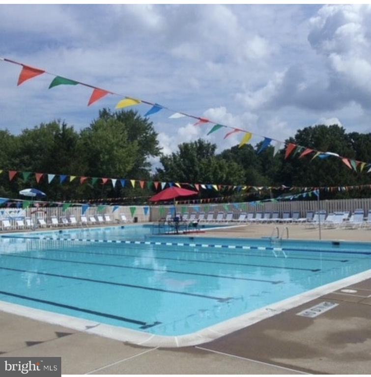 Join the Montclair Country Club-Pool, Golf & Tenni - 15805 DICKERSON PL, DUMFRIES
