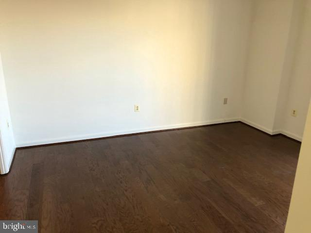 - 22 COURTHOUSE SQ #403, ROCKVILLE