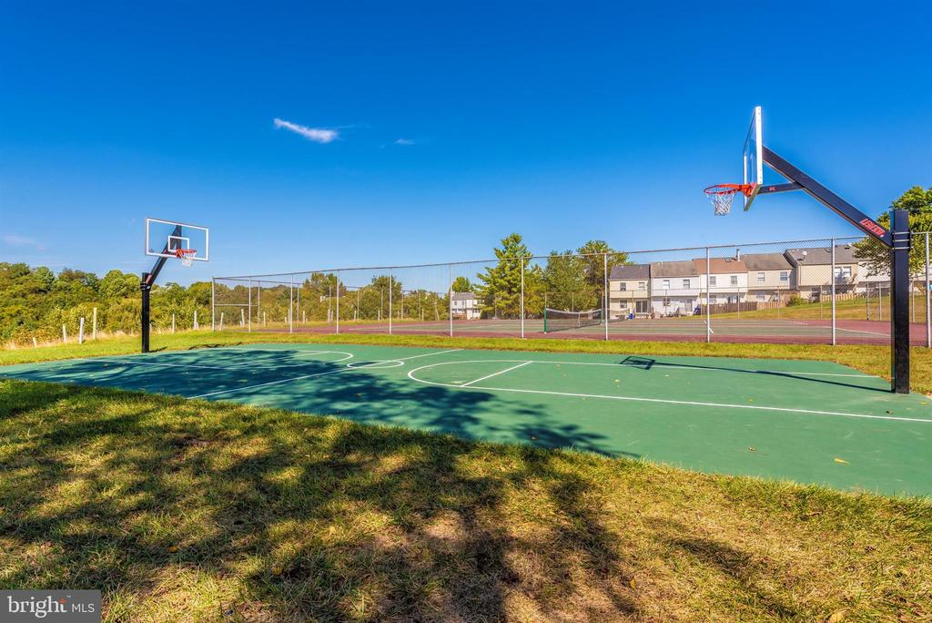 Community-Basketball Court - 6024 DOUGLAS AVE, NEW MARKET
