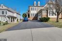 Driveway - 47640 PAULSEN SQ, STERLING