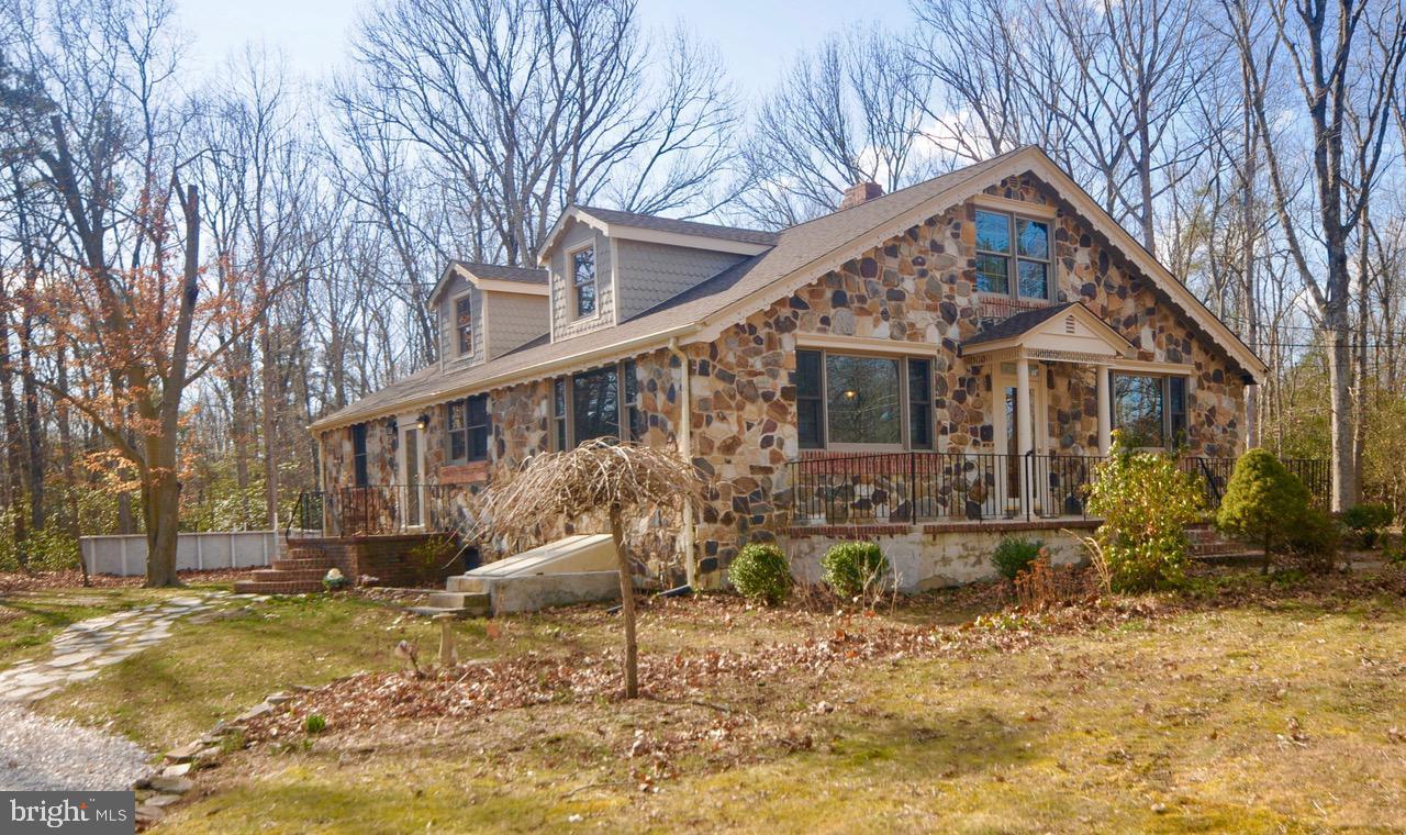 Single Family Homes para Venda às Alloway, Nova Jersey 08001 Estados Unidos