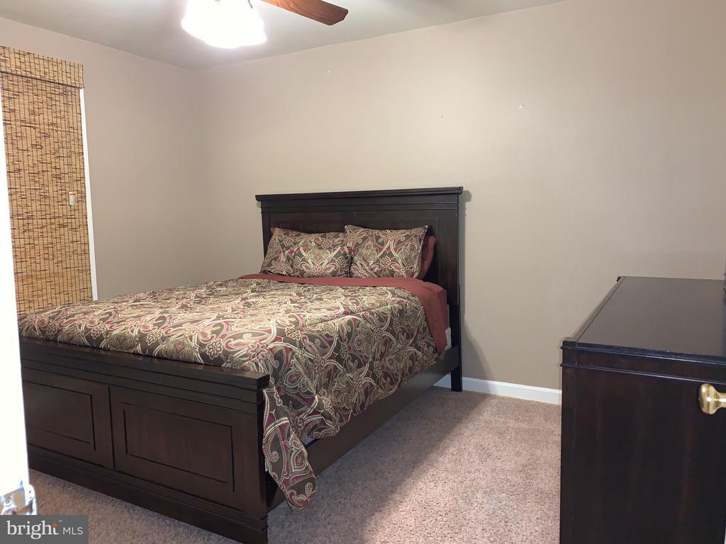 3rd bedroom - 20405 PERIDOT LN, GERMANTOWN