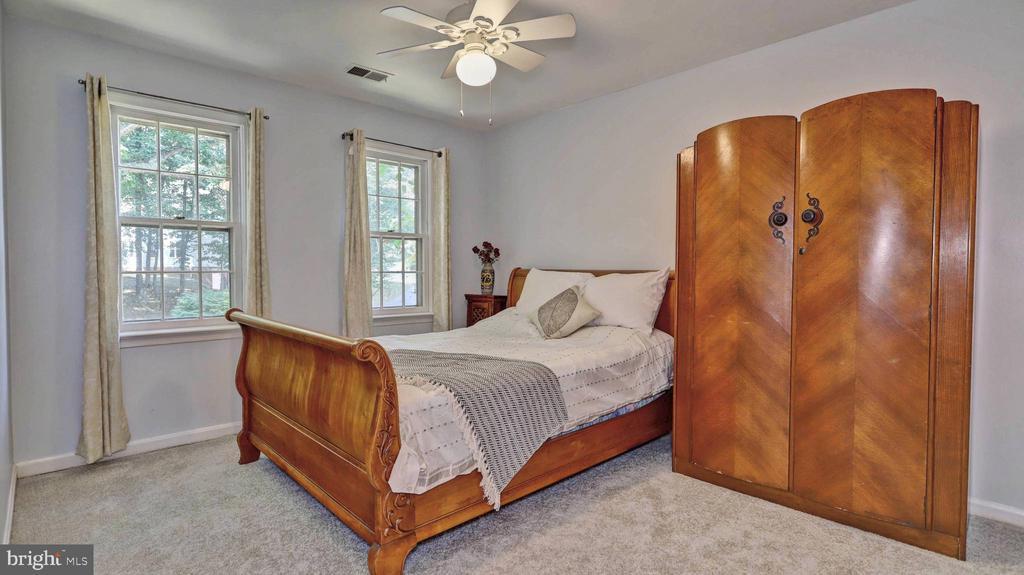 Bedroom #4 - 7504 GLENNON DR, BETHESDA