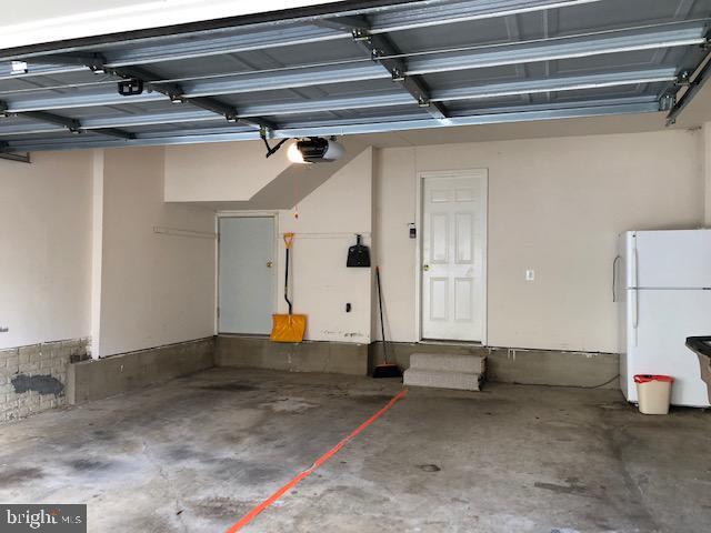 2 Car Garage - 1041 GAITHER RD, ROCKVILLE