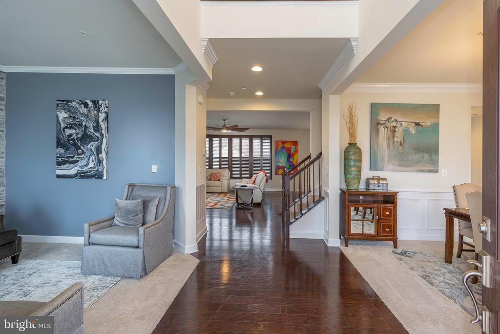 Foyer Entrance - 6109 HUNT WEBER DR, CLINTON