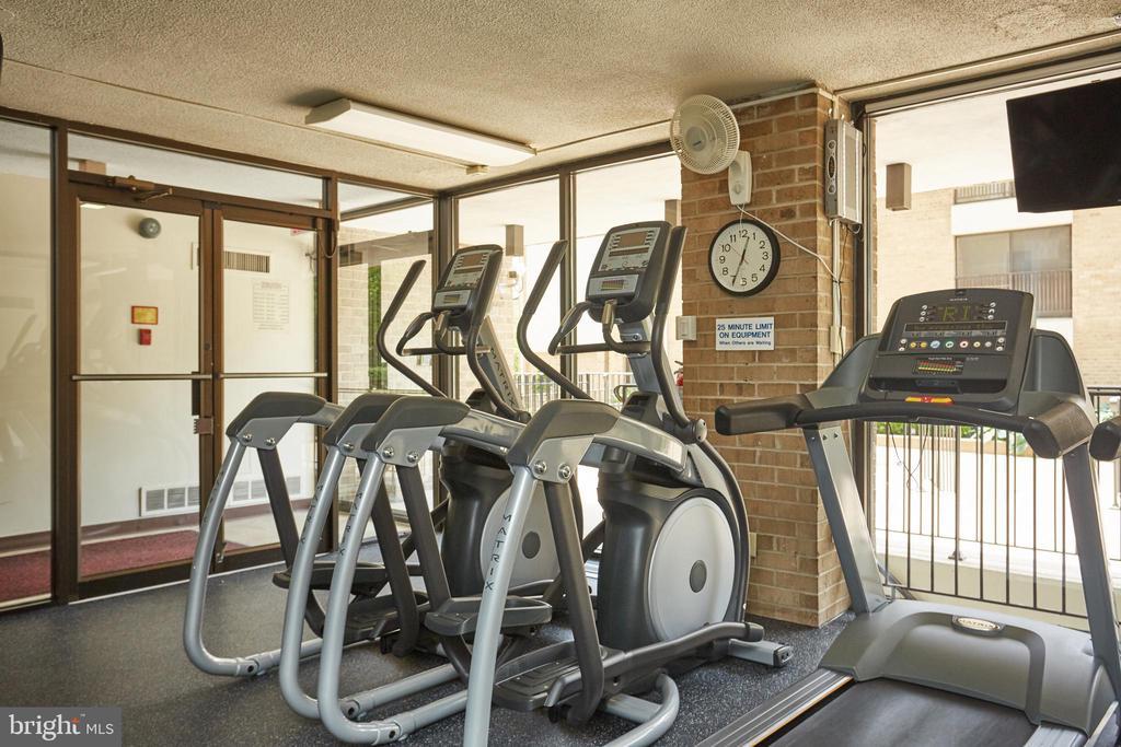 Gym - 4 MONROE ST #302, ROCKVILLE