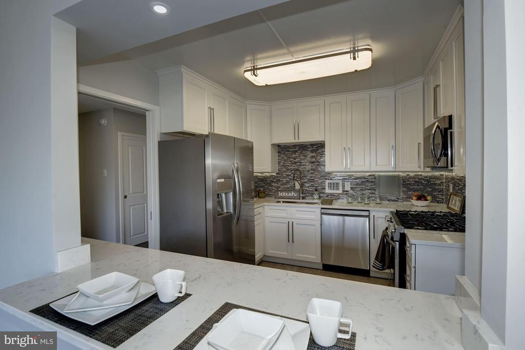 Brand New  Appliances - 5500 FRIENDSHIP BLVD #1604N, CHEVY CHASE