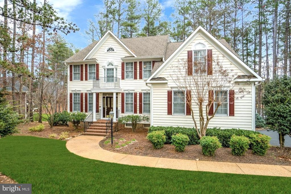Waterfront home in Fawn Lake - 11519 GENERAL WADSWORTH DR, SPOTSYLVANIA