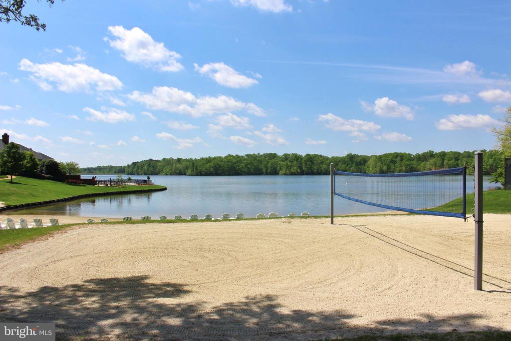 Beach Volleyball Courts! - 11519 GENERAL WADSWORTH DR, SPOTSYLVANIA