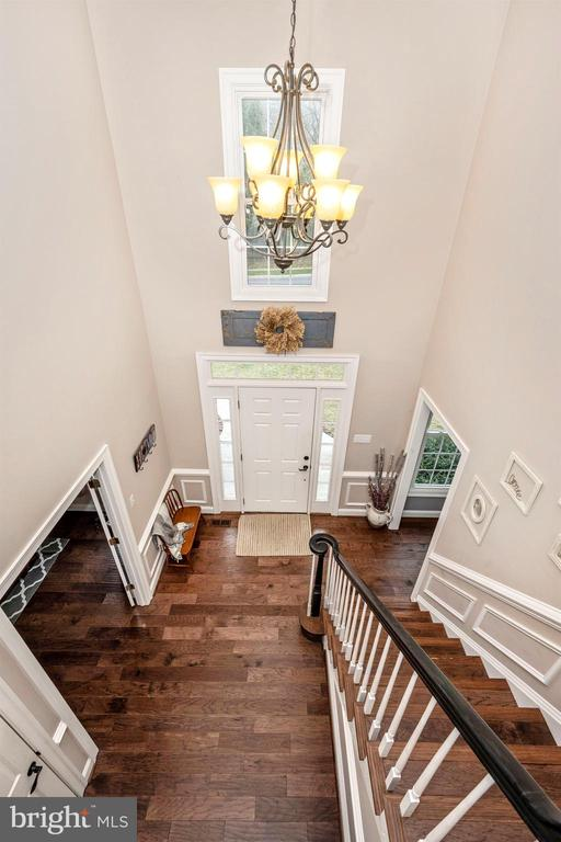 Two story foyer - 2983 SUMMIT DR, IJAMSVILLE