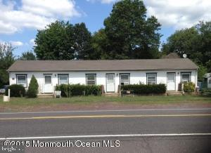 Triplex for Sale at Jobstown, New Jersey 08041 United States