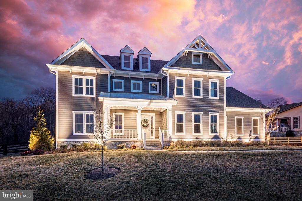 Stunning Willowford's Estate Home! - 23253 MEADOW STAR PL, ALDIE