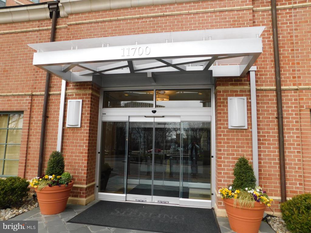 Entrance - 11700 OLD GEORGETOWN RD #314, NORTH BETHESDA