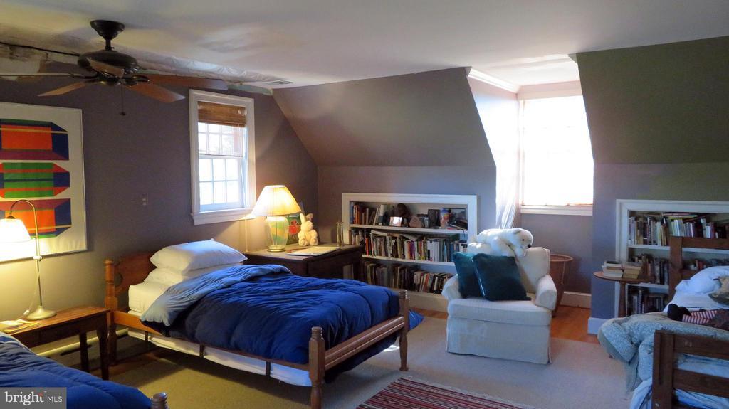 Children's bedroom - 110 LINDEN LN, FLINT HILL