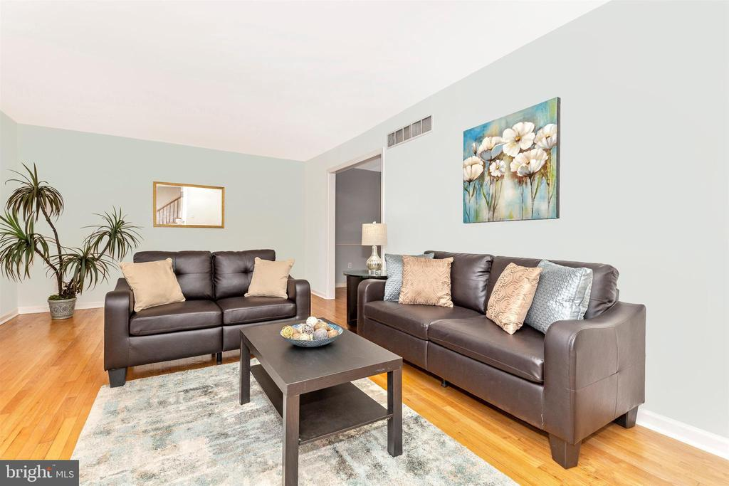 Living Room with hardwood flooring - 5800 MEADOW DR, FREDERICK