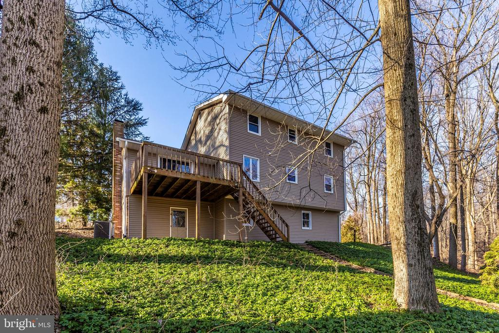 - 5800 MEADOW DR, FREDERICK