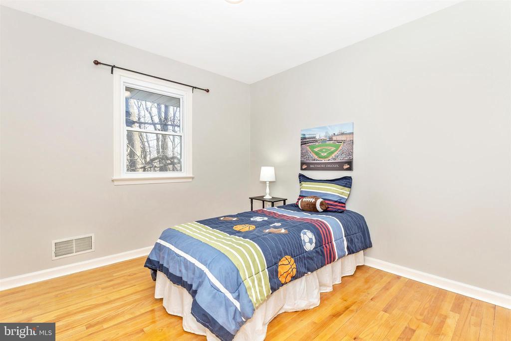 Bedroom 2 - 5800 MEADOW DR, FREDERICK