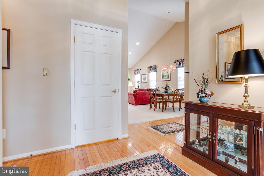 Foyer - 13533 RYTON RIDGE LN, GAINESVILLE