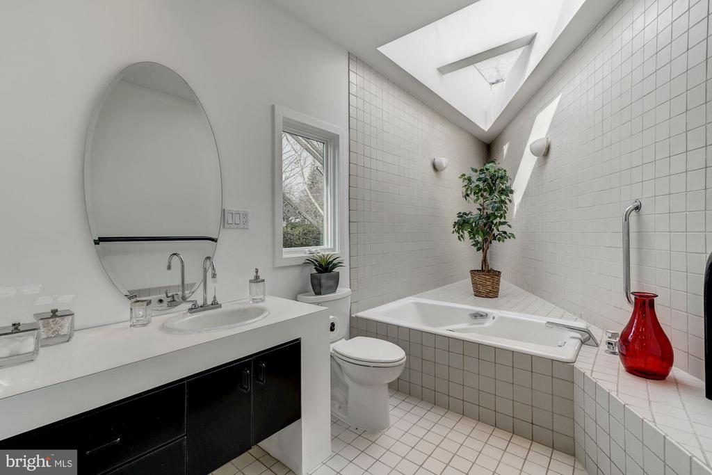 Master Bathroom with Soaking Tub and Skylight - 4708 DORSET AVE, CHEVY CHASE