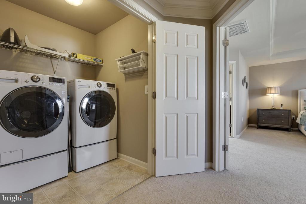 Upper Level Laundry - 18751 PIER TRAIL DR, TRIANGLE