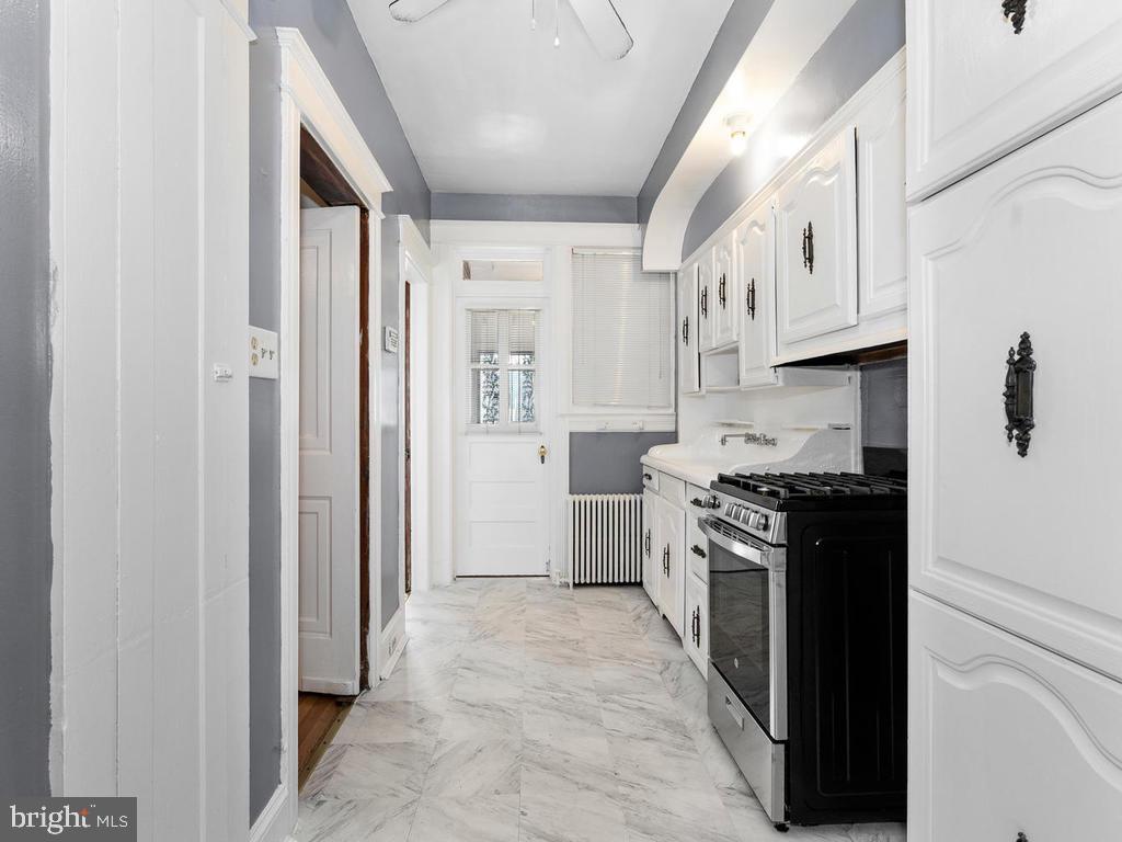 Galley Kitchen - 438 INGRAHAM ST NW, WASHINGTON