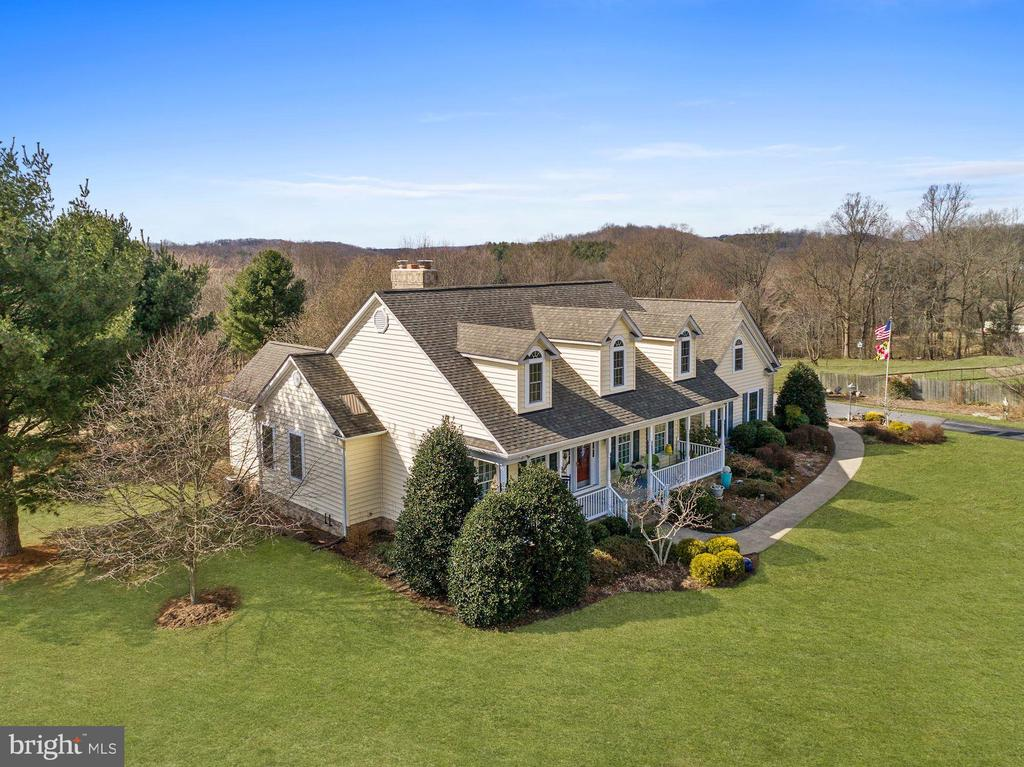 Front right view - 2407 FLAG MARSH RD, MOUNT AIRY