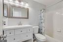 Updated Master bath - 13808 CROSSTIE DR, GERMANTOWN