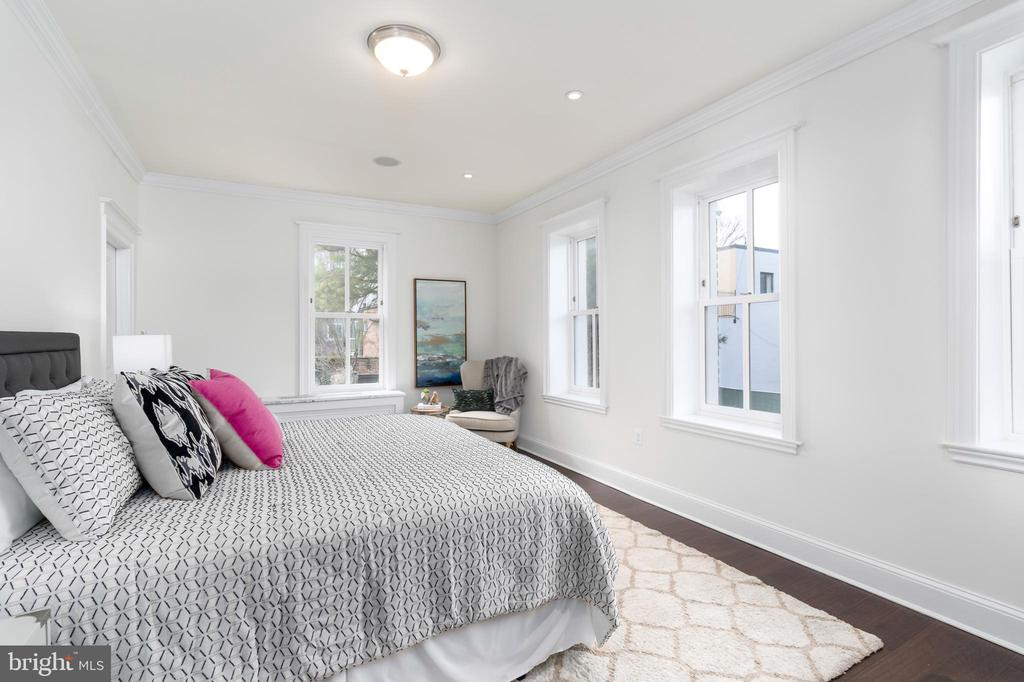 Master bedroom - 2715 N ST NW, WASHINGTON