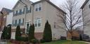 Front view - 1689 WINTERWOOD CT, HERNDON