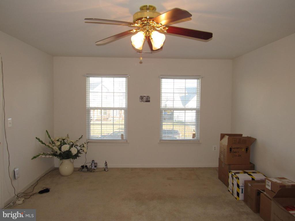 Bedroom 2 - 2763 MYRTLEWOOD DR, DUMFRIES