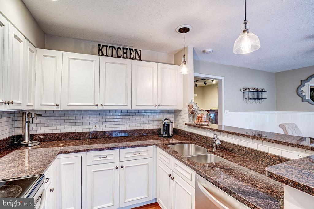 Kitchen - Custom Back Splash! - 1614 OAK SPRING WAY, RESTON