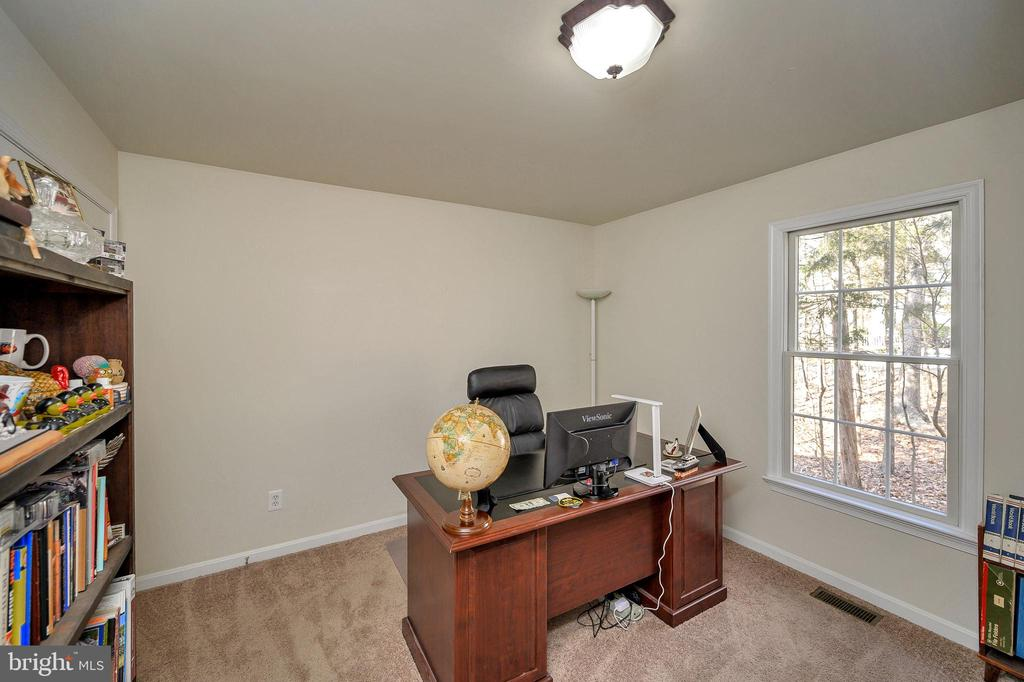 Second bedroom - being used as an office. - 200 SAND TRAP LN, LOCUST GROVE