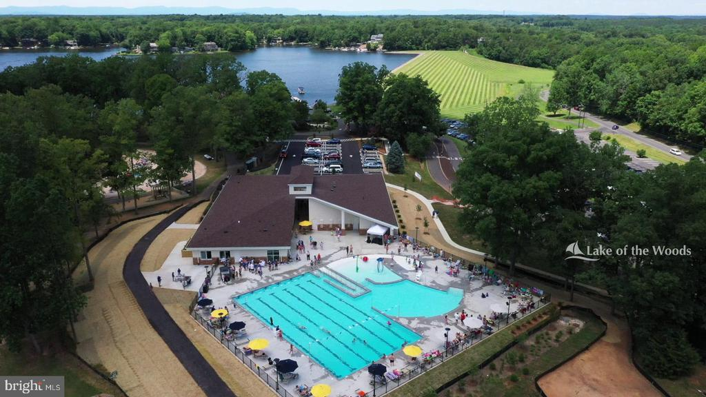 State of the art pool and fitness center. - 200 SAND TRAP LN, LOCUST GROVE