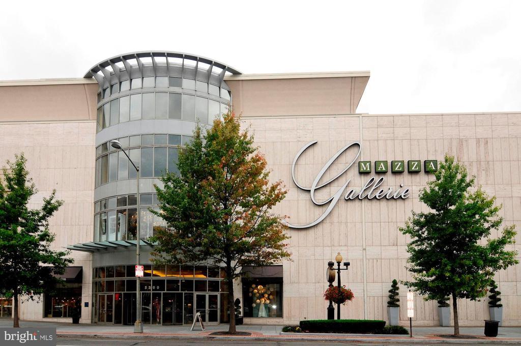 Mazza Gallerie - 5201 WISCONSIN AVE NW #401, WASHINGTON